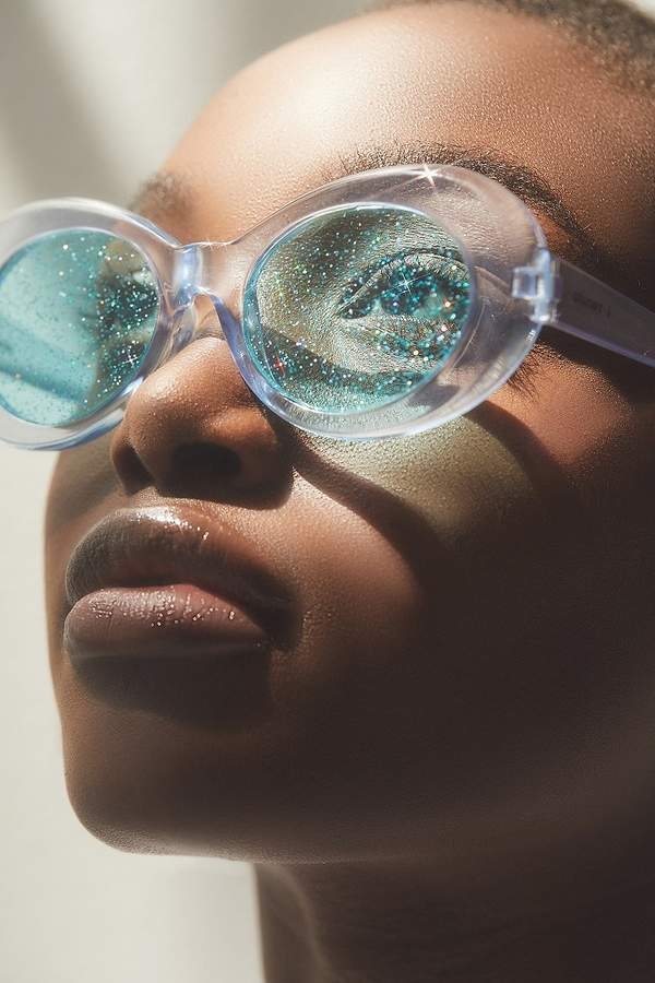 """0bf7b593cee6 This week s """"Editor s Pick"""" are the  badgalriri-approved  shop.jzhong  Meteor Flame glasses. Take a closer look at this statement piece on hypeba…"""