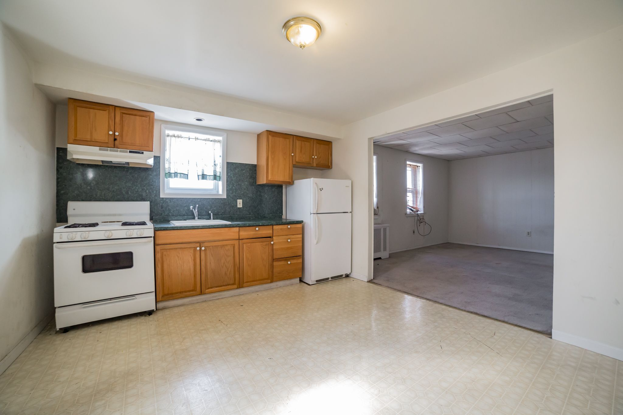 The 2nd floor is a large 2 bedroom/1 bathroom apartment