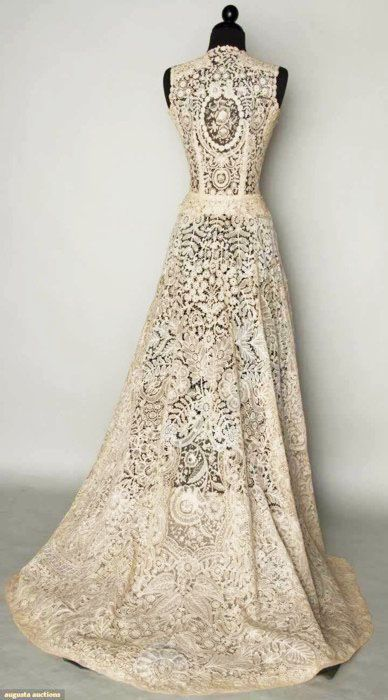 My Bridal Fashion Guide To Beautiful Lace Wedding Dresses Wedding Gowns Lace Vintage Lace Gowns Vintage Lace Weddings