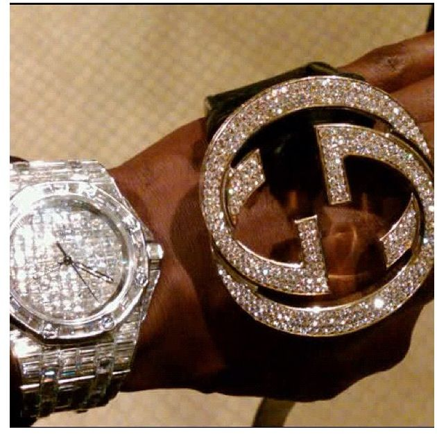 timepiece boxer look ones looking bling ago on mmanews pretty few at his instagram a cool jr weeks flashed those notorious but some mayweather watches take video of are the floyd nice