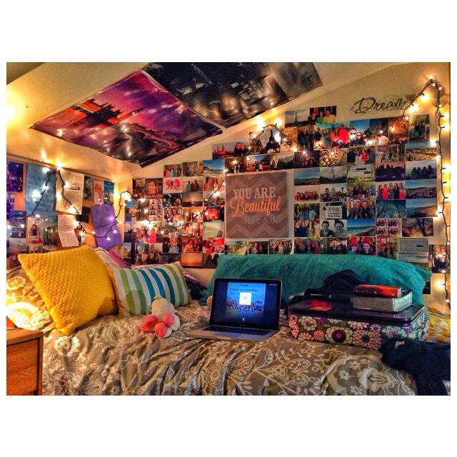 Good Idea On How To Decorate A Dorm Just Would Do A Lofted Bed Yep Girls Dorm Room College Room Dorm Decorations