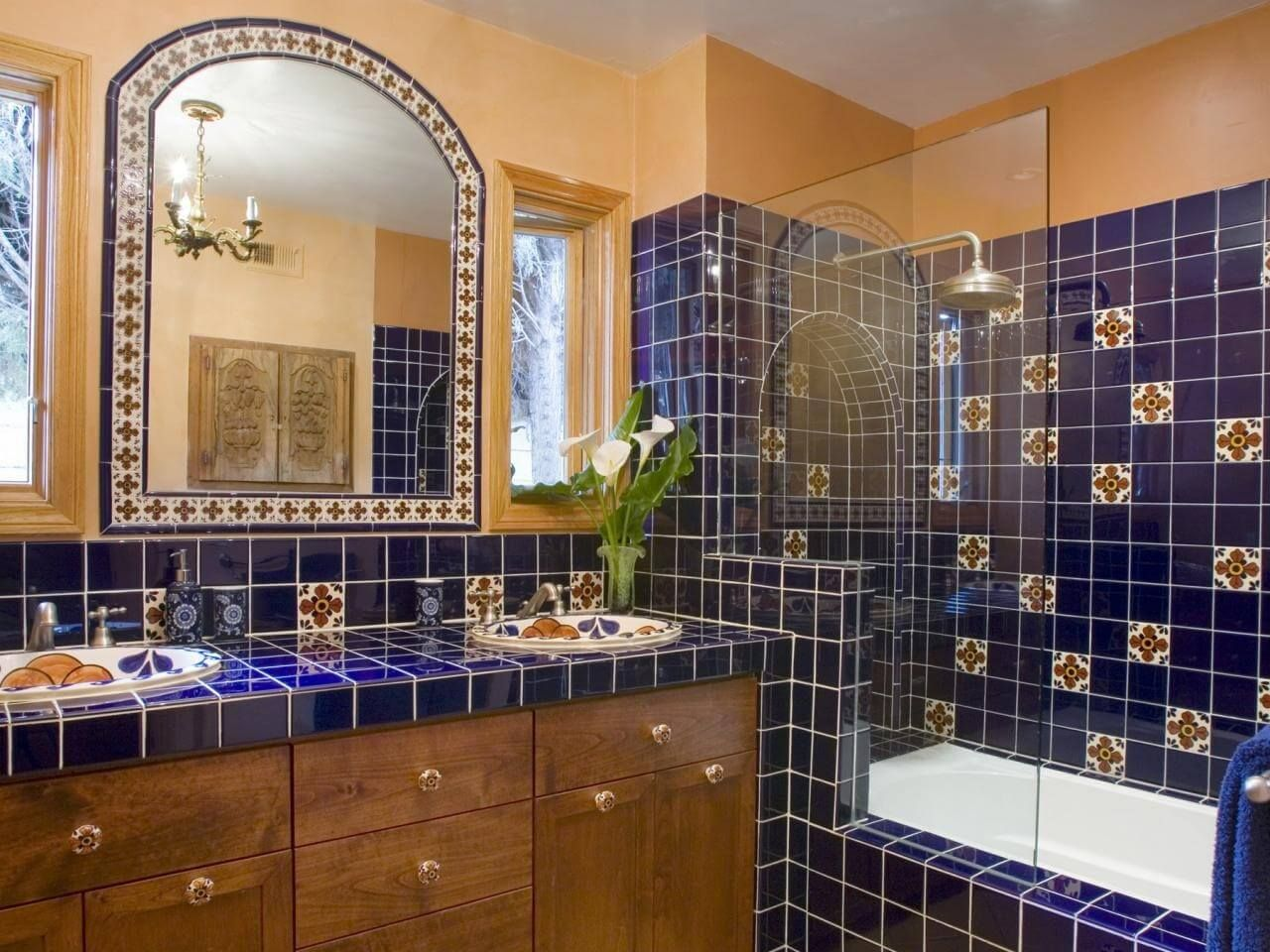 Bildergebnis Für Badezimmer Im Mexikanischen Sti Mexican Tile Bathroom Beautiful Tile Bathroom Spanish Style Bathrooms