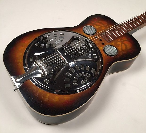 Ref:# 00559 - This is a very beautiful 1973 Dobro Model M-66S (S ...
