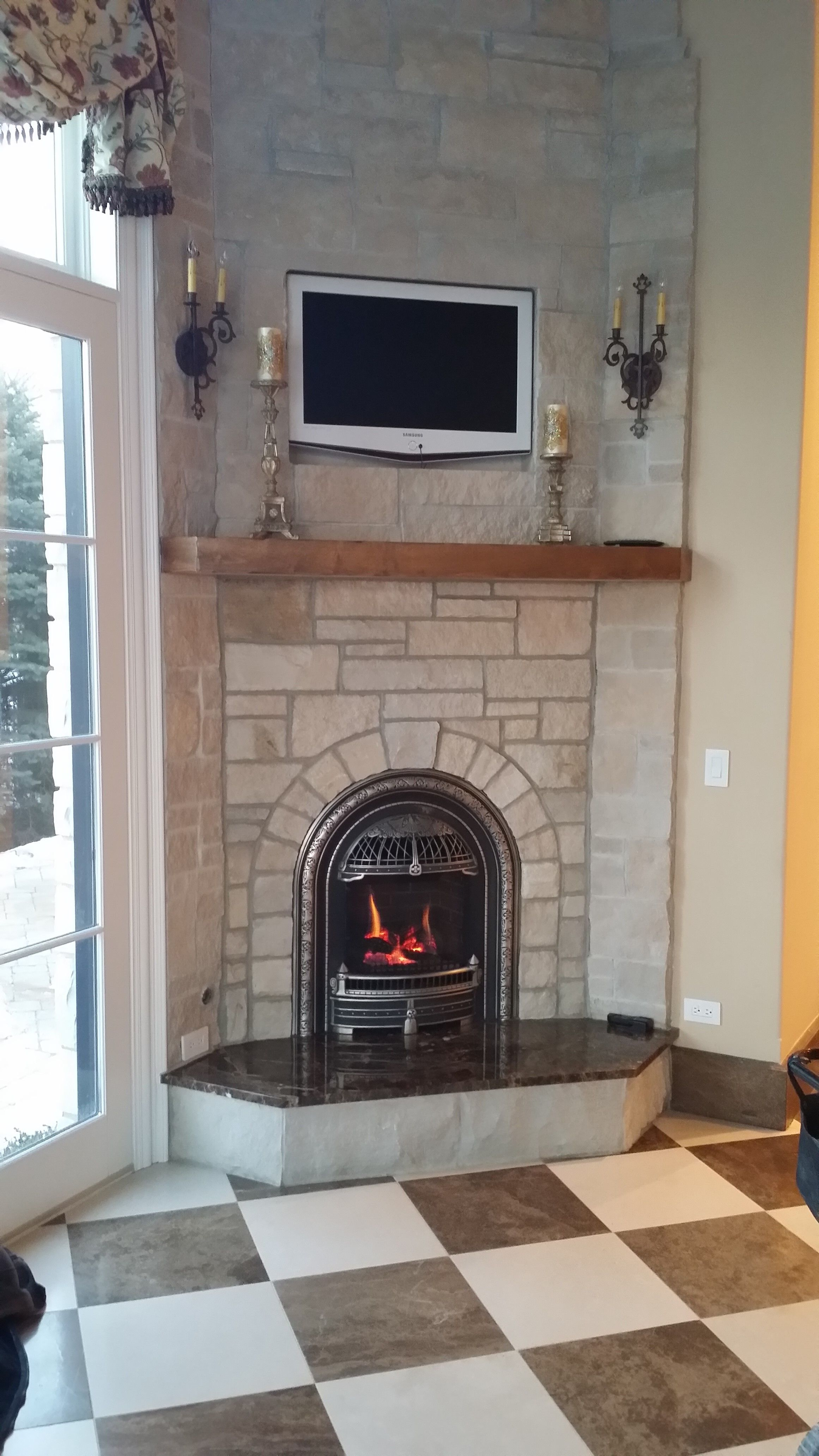 valor 530iln log fire radiant gas fireplace and insert installed with windsor arch in custom. Black Bedroom Furniture Sets. Home Design Ideas