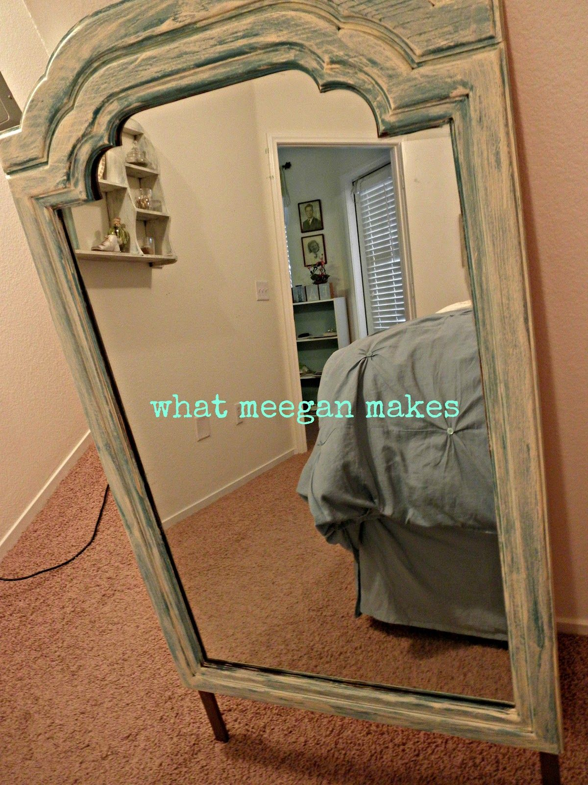 WHAT MEEGAN MAKES: Refreshed Mirror Makeover