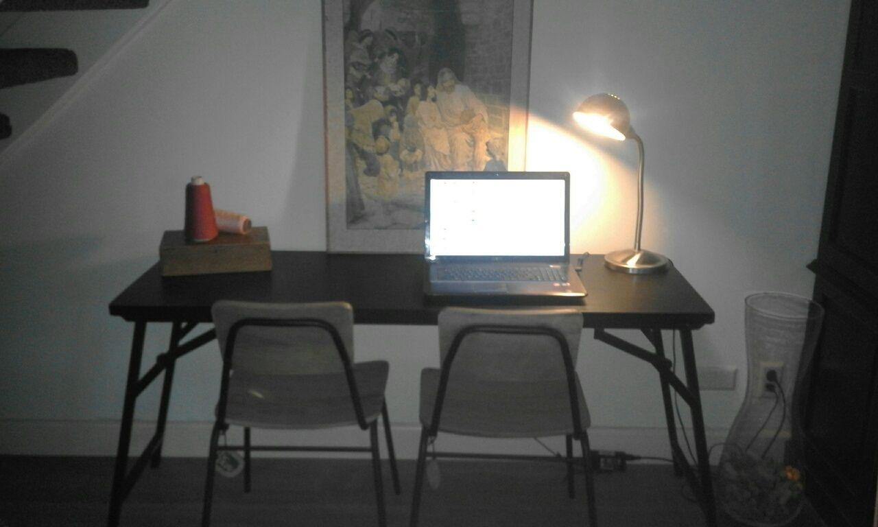 8x Minimalistische Werkplek : Werkplek in de woonkamer werkplek
