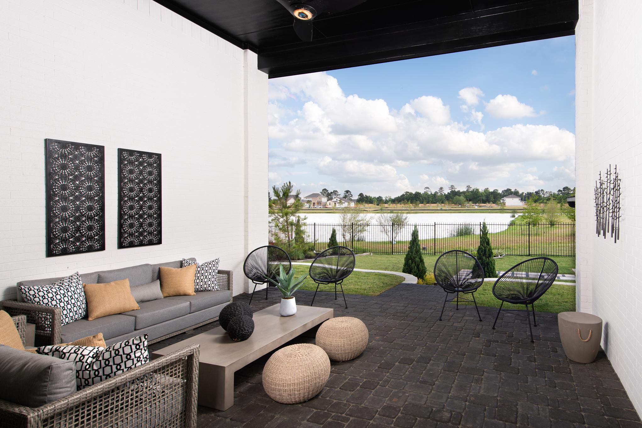Outdoor Rooms Are Growing In Popularity And It S Easy To See Why With This Superb Space Pictured Above Venetia Grove Langdon M Luxury Homes Design Your Own Home Home