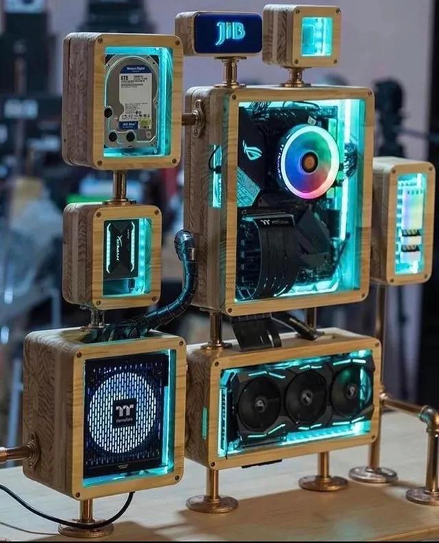 Socialno Distancirovannyj Sistemnik Pikabu In 2020 Computer Gaming Room Custom Computer Case Custom Computer