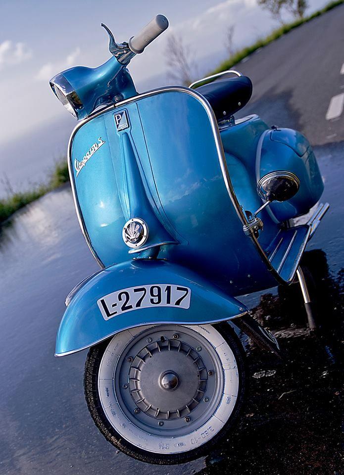 Modern Vespa : PX200 with Sidecar   Sidecar, Vintage vw