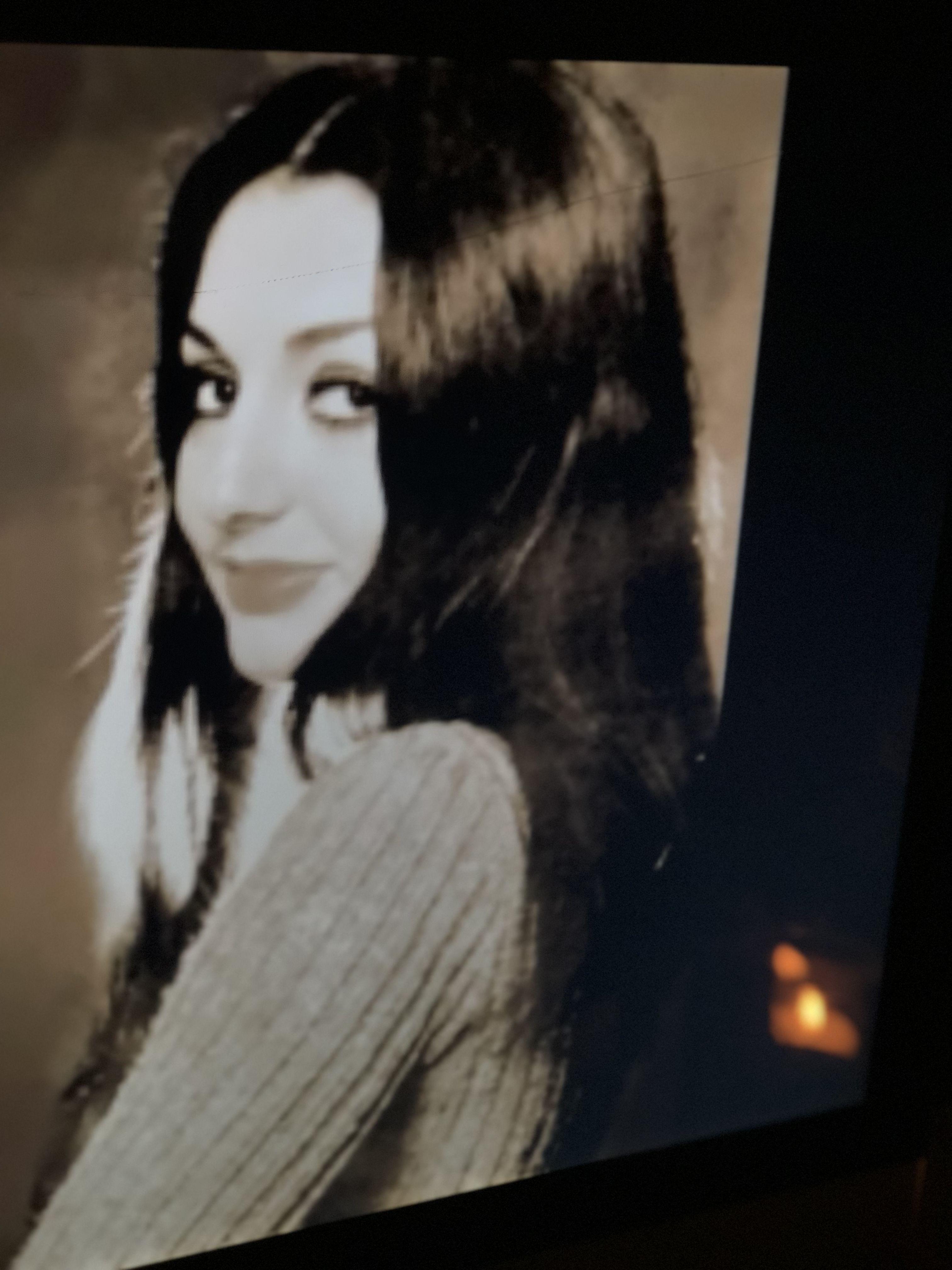 گوگوش واسمها الحقيقي فائقه آتشین 5 مايو 1950 في طهران هي ممثلة