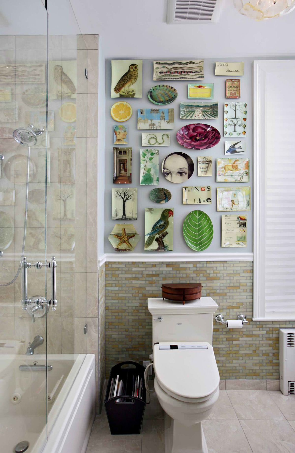 Decorating Your Bathroom Walls 15 Wall Art Ideas That Wow In 2020 Bathroom Design Small Plates On Wall Eclectic Gallery Wall