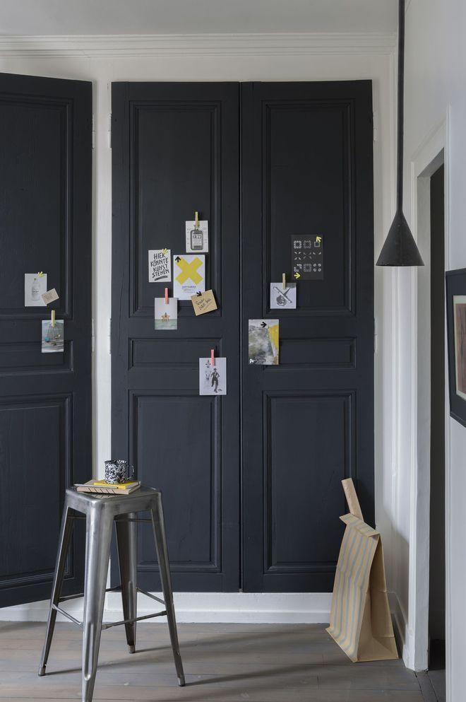 Repeindre les portes de placards pour mettre de la couleur sur les murs pi ces - Peindre des portes de placard ...
