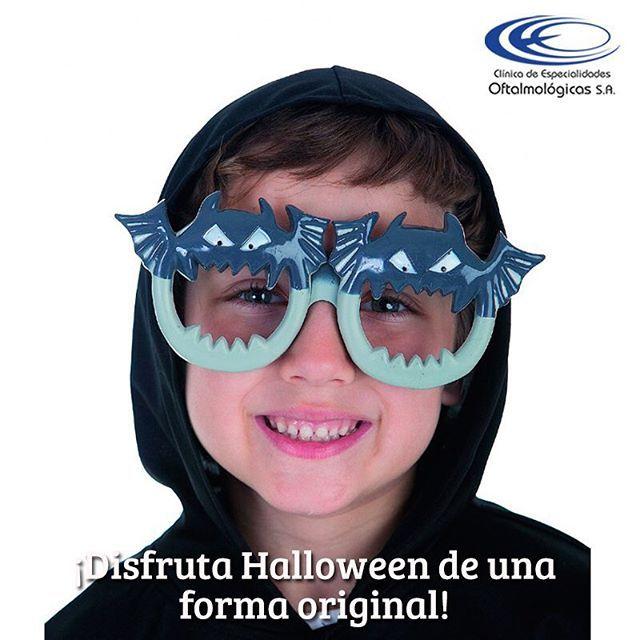Si aún no tienes disfraz, busca gafas divertidas, en el mercado existen muchas de diferentes formas, tamaños y colores #Halloween #Octubre31