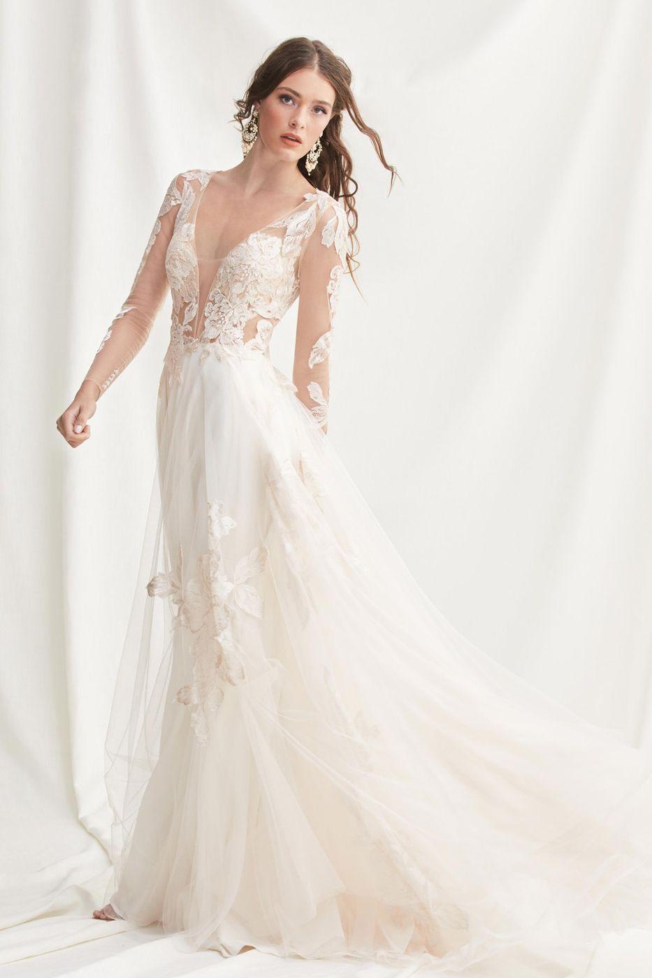 Willowby 52700 Rhapsody Long Sleeve Wedding Dress In 2021 Wedding Dress Long Sleeve Long Sleeve Wedding Gowns Wedding Dresses [ 1400 x 933 Pixel ]