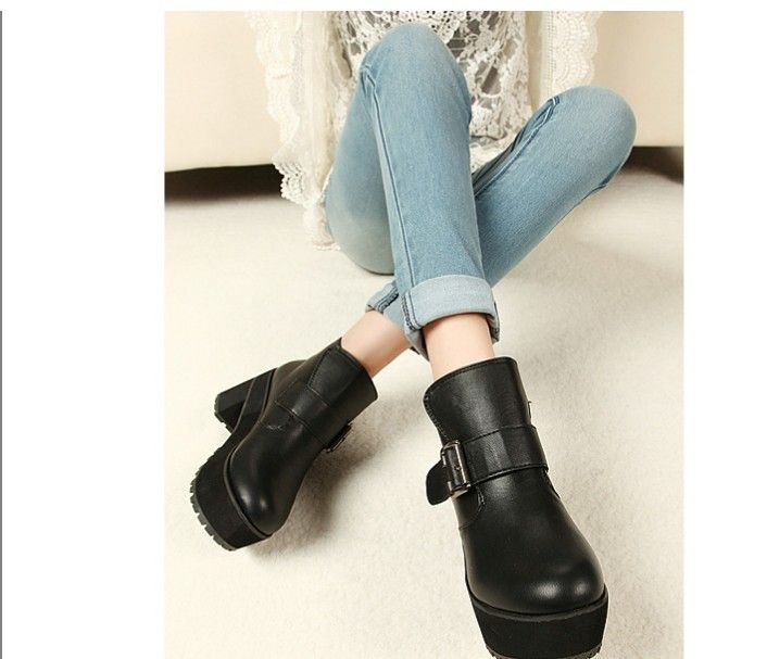 2013 autumn and winter stylish  vintage flat motorcycle boots women's flat heel boots riding boots FREE SGIPPING $30.99