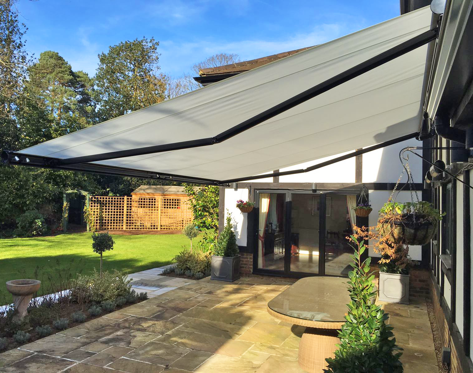 Stylish Retractable Awning For Shade And Shelter Garden Outdoor Retractable Awning House Awnings Pergola Shade