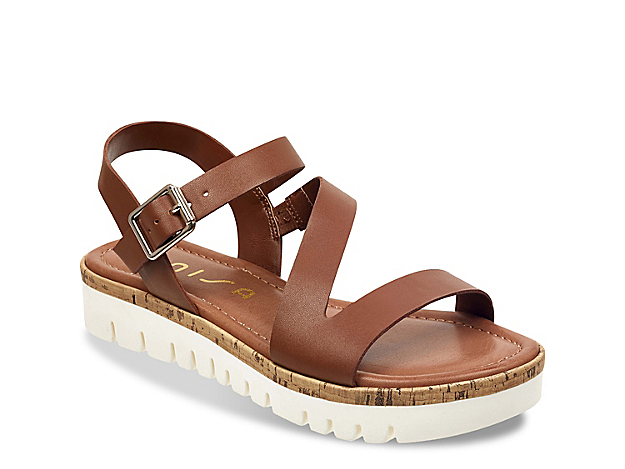 Women Brok Platform Sandal -Light Brown