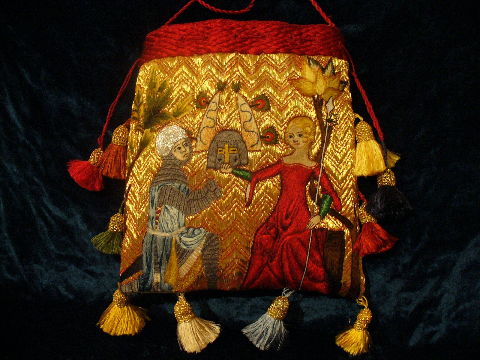 period purse a WORTHy reproduction