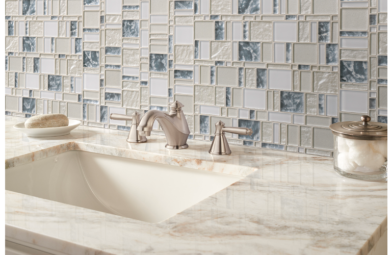 Sophisticated And Glamourous Chantilly Stax Glass Tile Features