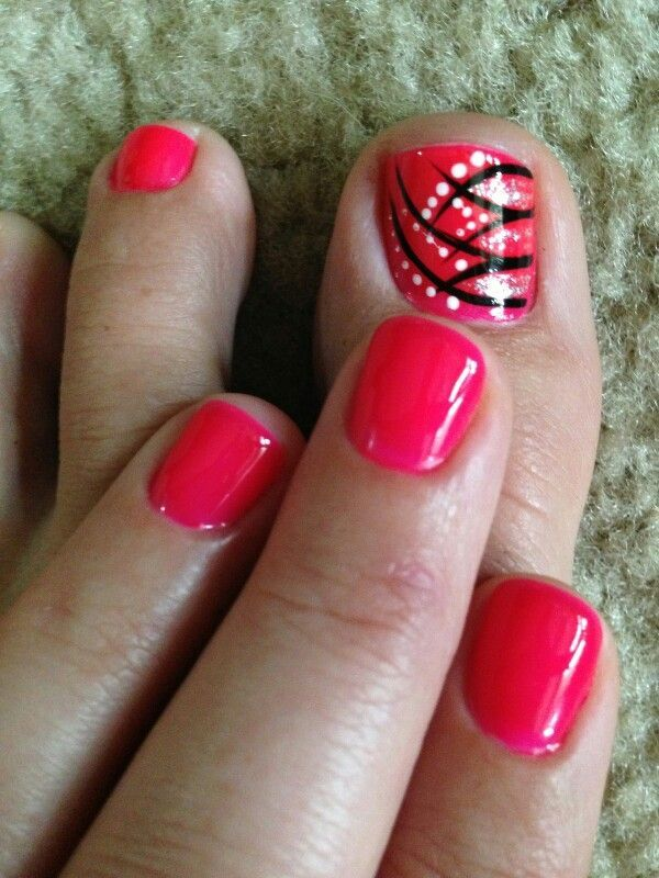 Love design on big toe. Resultado de imagen para uñas pintadas de rojo - Resultado De Imagen Para Uñas Pintadas De Rojo Ade Pinterest