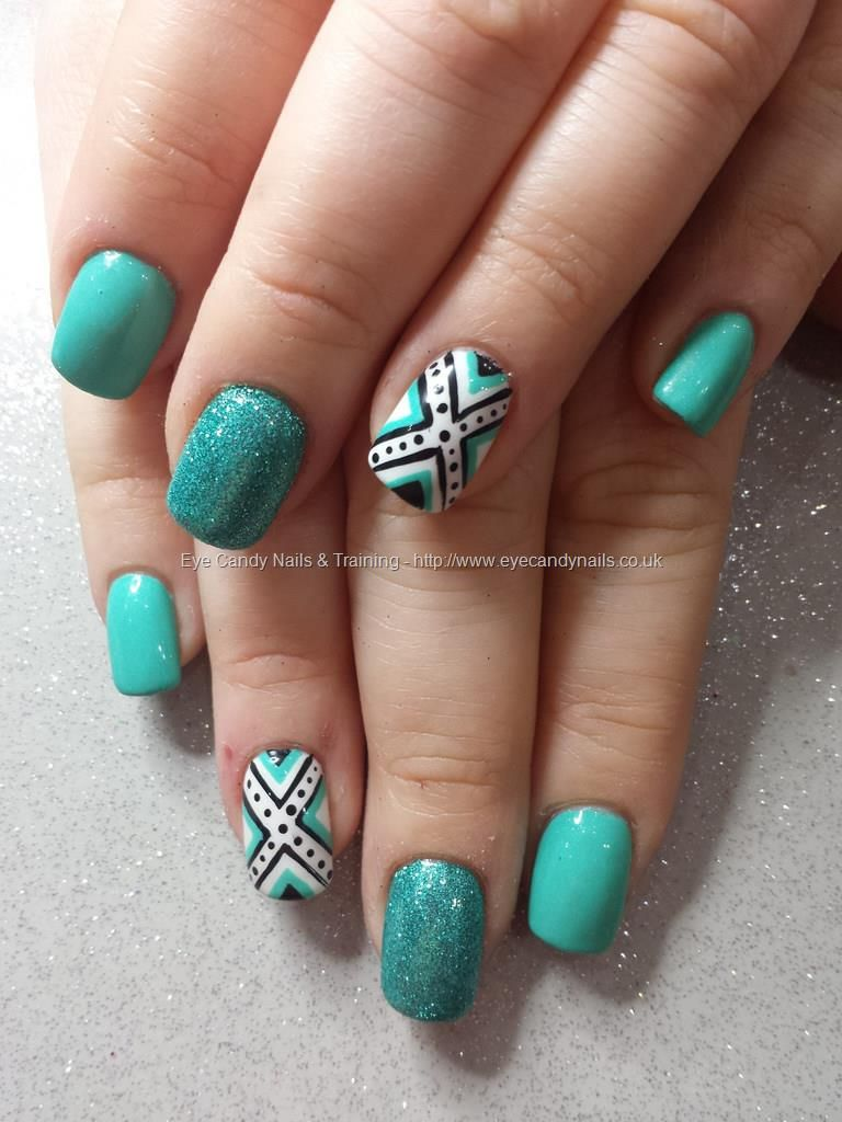 Mint green gel with glitter and freehand nail art Nail