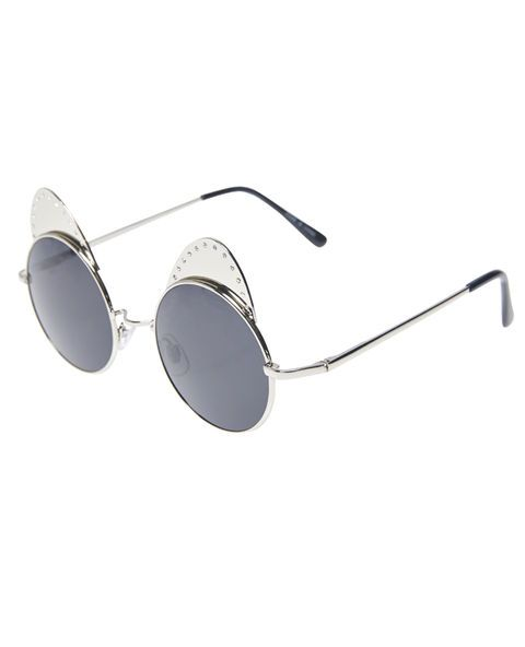 p>Get this purr-fect style of retro round sunglasses in gold metal ...