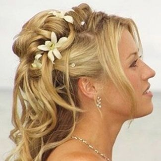 Find great ideas in the fashion  Beauty section on Bride's Book @ www.brides-book.com