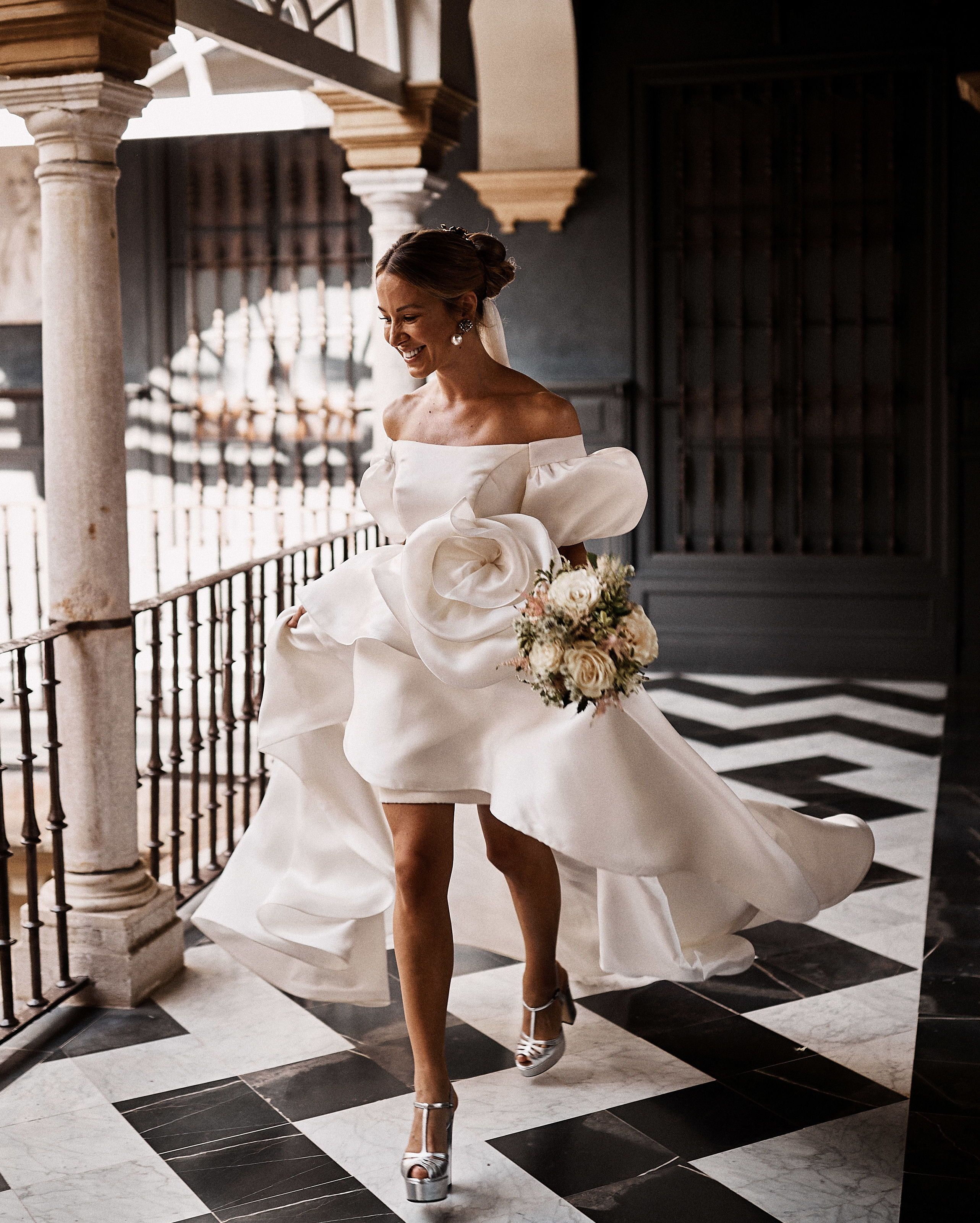 A High Fashion High Energy Wedding In Seville Spain Wedding Dress Styles Short Wedding Dress Wedding Gowns [ 3200 x 2565 Pixel ]