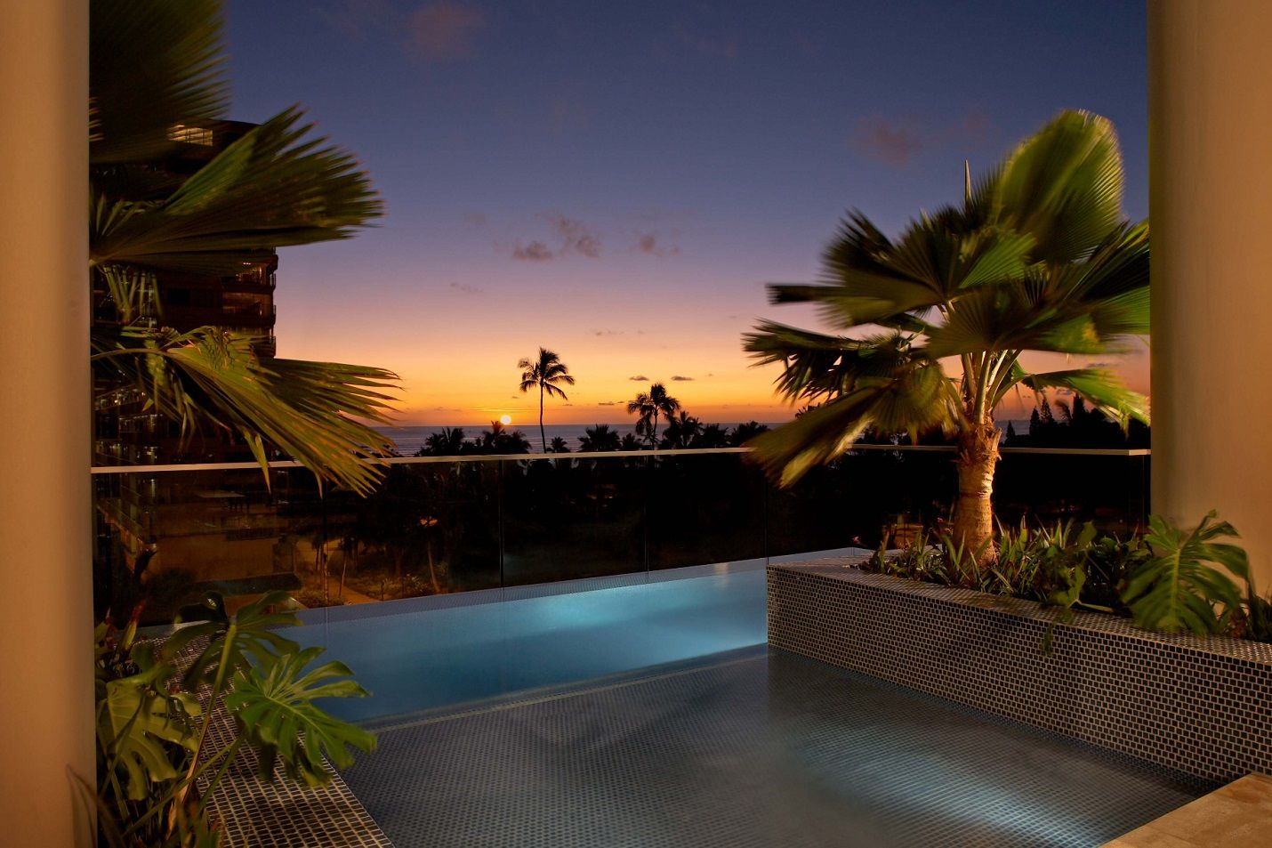 5 Star Hotels In Honolulu Trump Hotel Waikiki Photo Gallery