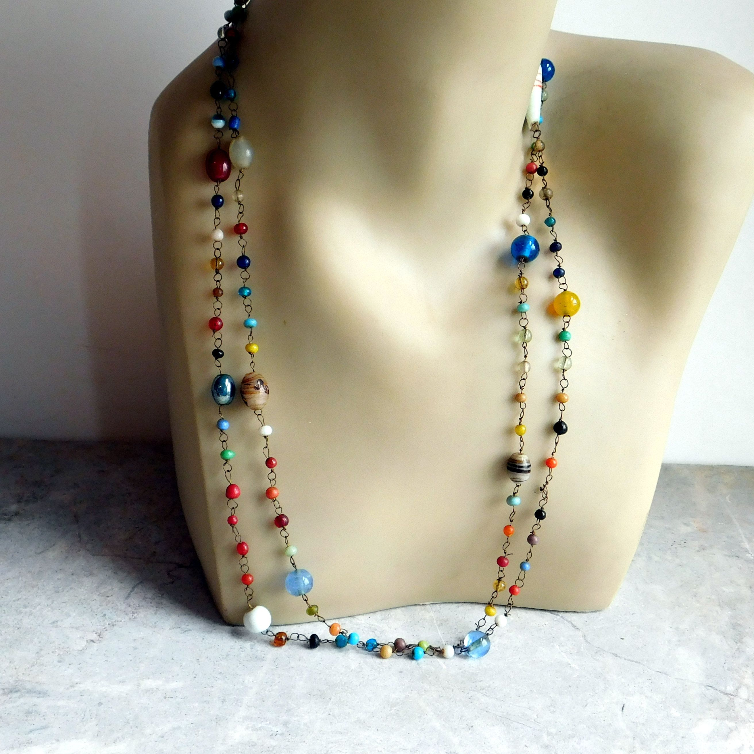 VINTAGE vintage  but  never worn 18 inches black and green glass beads  in this necklace ....