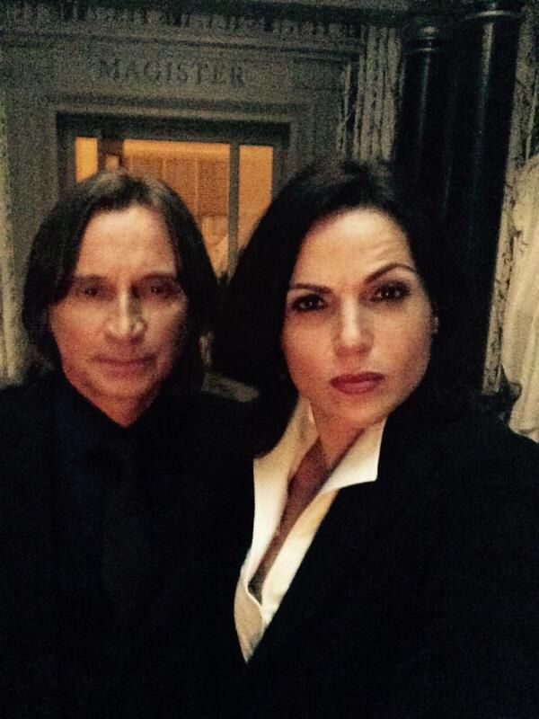 """Lana Parrilla: """"The Masters of Magic... Regina & Mr. Gold...What are these two up to now... Robert Carlyle #OnceUponATime #EvilRegals"""""""