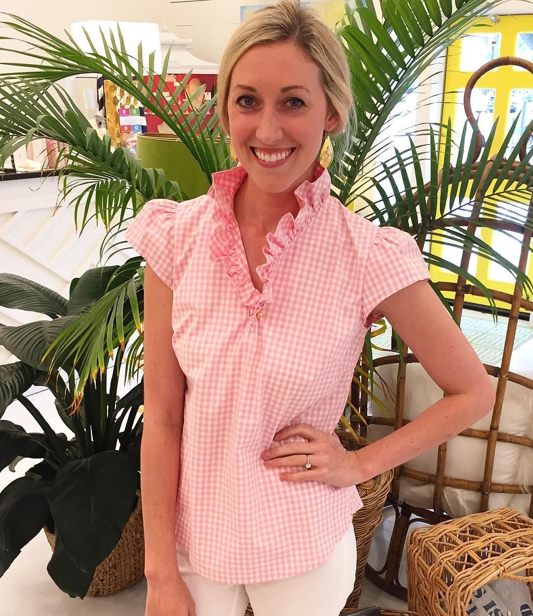 You'll be pretty in pink ruffles in this gorgeous gingham blouse from @elizabeth_mckay! So perfect for summer! #tfssi #stsimonsisland #seaisland #gingham #pink #prep #summer2016