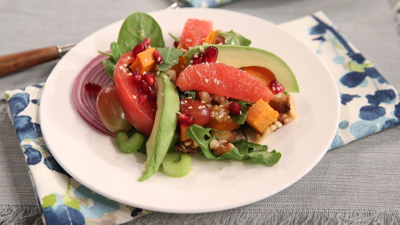 Body-Healing Salad with Asian Citrus Vinaigrette Serves 2