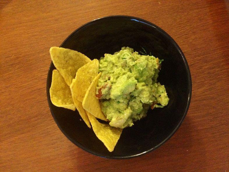 Tämäkö yllättävä ainesosa tekee guacamolesta superhyvää? Testasimme   Me Naiset