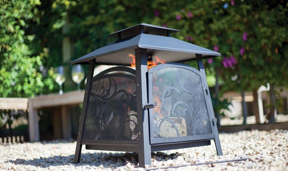 This steel outdoor fireplace can be used as a fire pit, patio heater as a camp fire or a garden incinerator. The fireplace has an all mesh surround to prevent any debris or ash from falling out.Perfect for use in the garden to burn unwanted garden waste or as a heater in the cooler months or colder nights.The fire basket is easy to carry allowing the item to be taken camping and with the four sided mesh basket it means that everyone around the fire can keep warm.