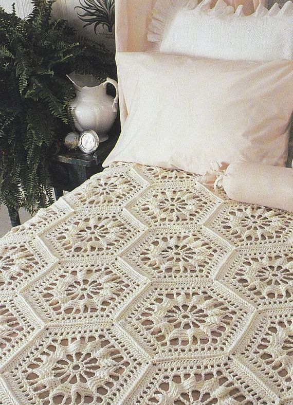 Heirloom Bedspread Crochet Pattern - Hexagon Motifs | Colchas ...