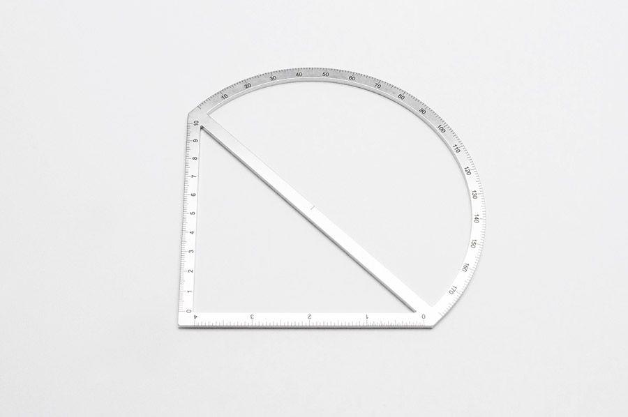 Outline Ruler by Tomas Kral
