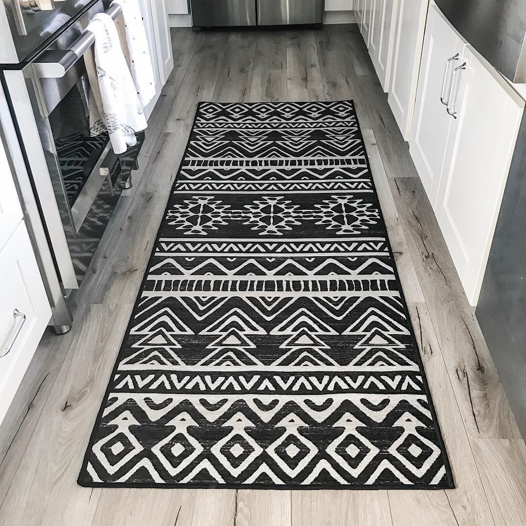 Malileh Heriz Emerald Rug Washable area rugs, Natural
