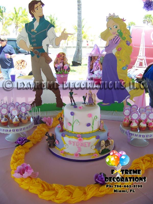 rapunzel braid decorated with flowers cake table decor the on tangled rapunzel birthday cake party decorating ideas