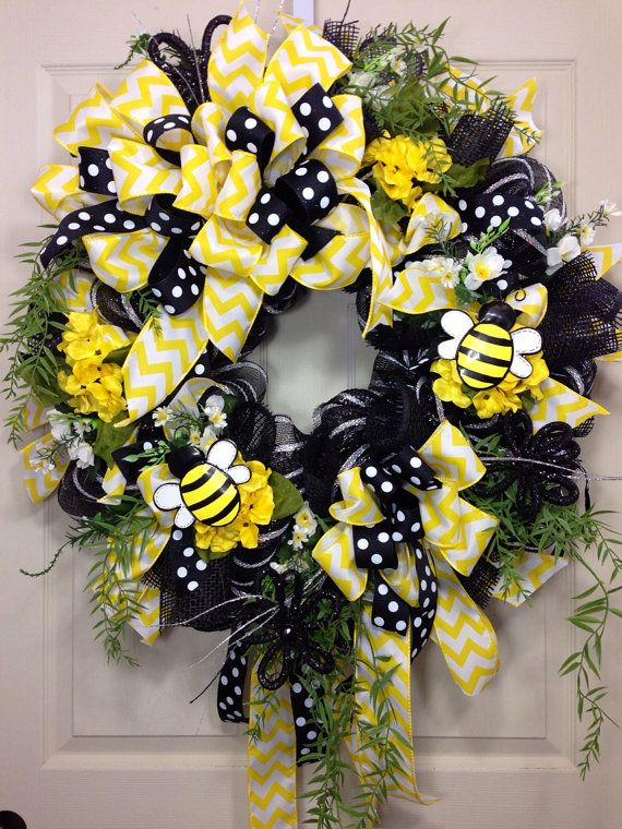 Bumble Bee Decomesh Wreath By WilliamsFloral On Etsy