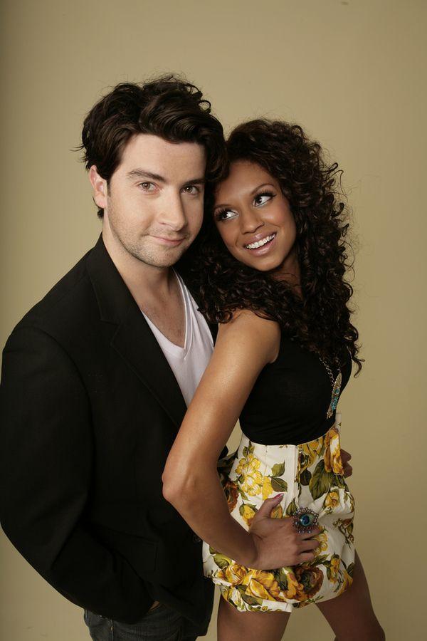 Daryn jones and nicole holness dating