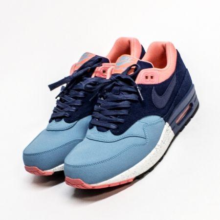 huge discount 9a300 03070 WOEI - WEBSHOP - sneakers - nike air max 1  Reshoevn8r  sneakers   sneakerhead  shoes  workout  fitness  lifestyle  shoecleaner  reshoevn8r