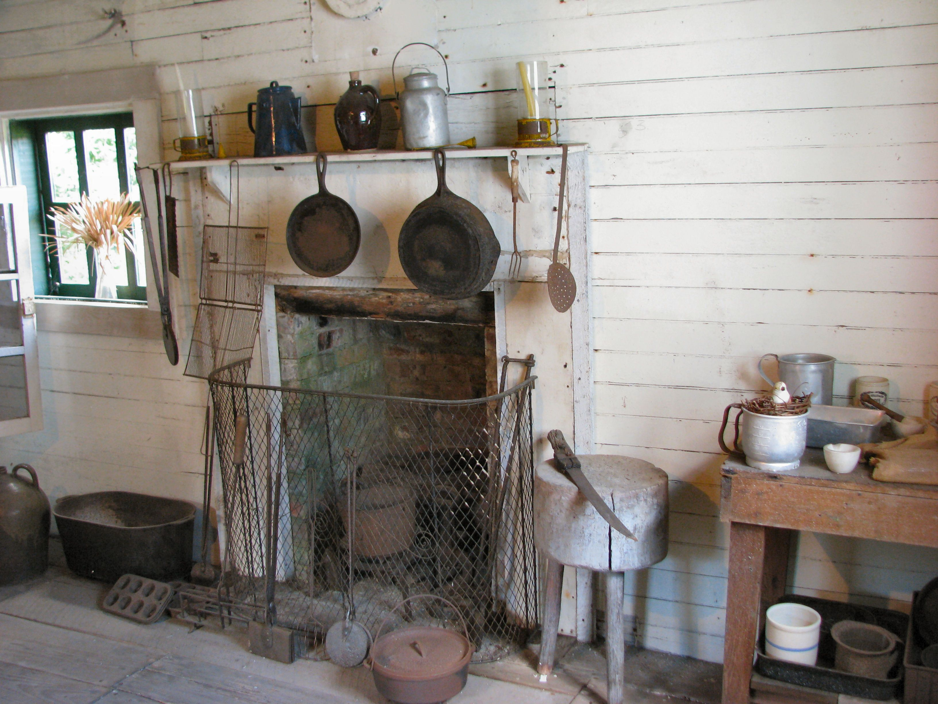 Pin by Cathy Foster Lemar on Inside Country fireplace