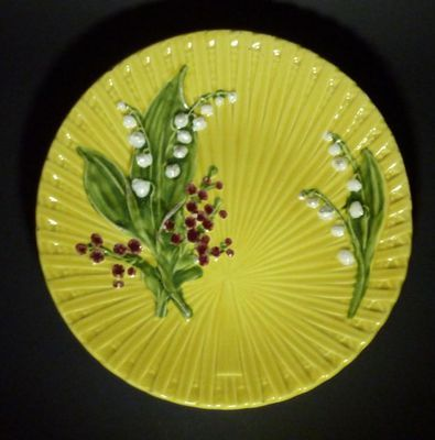 Antique German Majolica plate Schramberg Yellow & Antique German Majolica plate Schramberg Yellow | Lily of the Valley ...