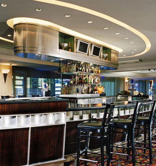 Bridges Bar - New York Hilton Midtown
