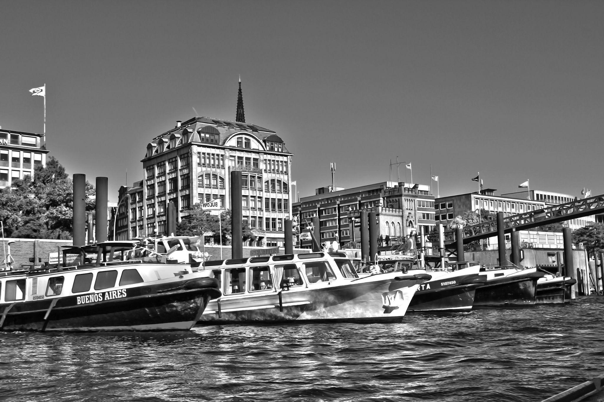 Buenos Aires - Inland Port of Hamburg B&W by Michael Schloz on 500px. #hafentour #buenosaires #bootstour #hamburg #hamburgbyday #portofhamburg #hamburgerhafen #inlandporthamburg #inlandport #binnenhafen #binnenhafenhamburg #boats #blackandwhite #bw #schwarzweißfotografie #schwarzweiß