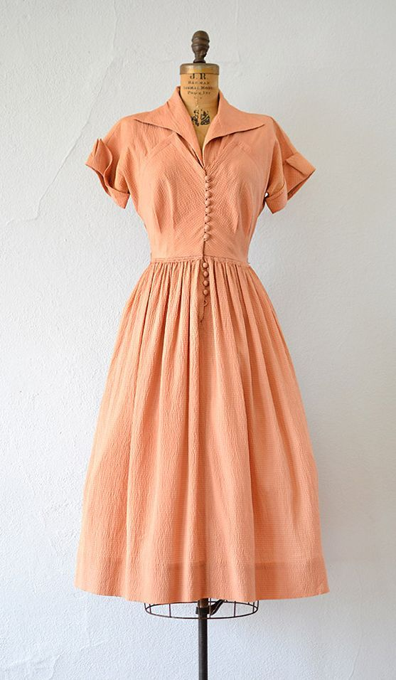 Vintage late 1940s early 1950s dark peach silk dress | Sister Lajoux Dress | vintage 40s 50s dress #vintageclothing #vintagefashion1950s