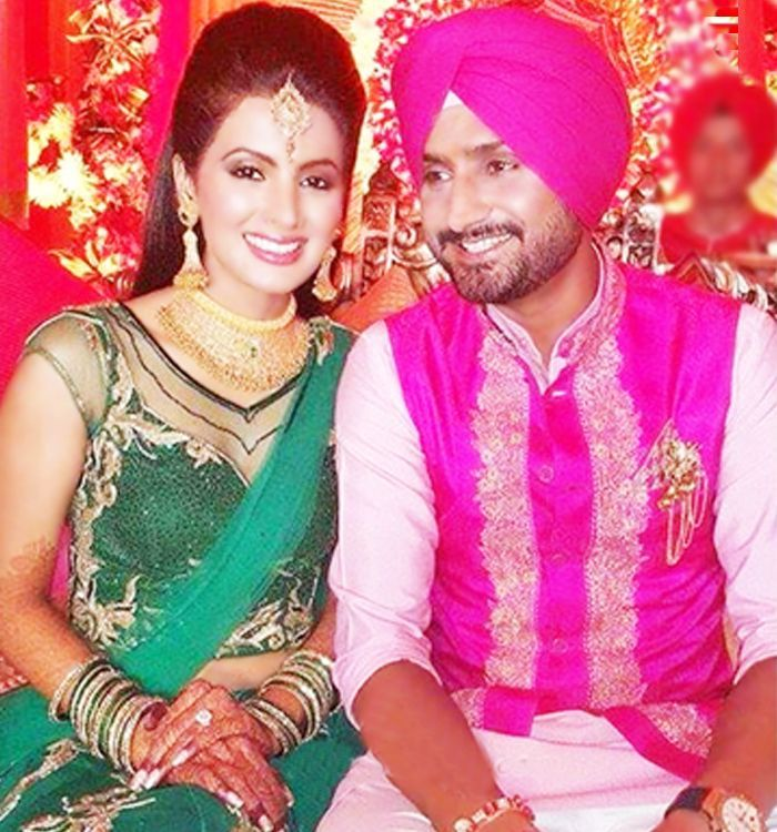 Geeta Basra Harbhajan Singh Wedding Mrs Cricketer Mr Bollywood Weddingplz Celebrity Weddings Hollywood Couples Bollywood