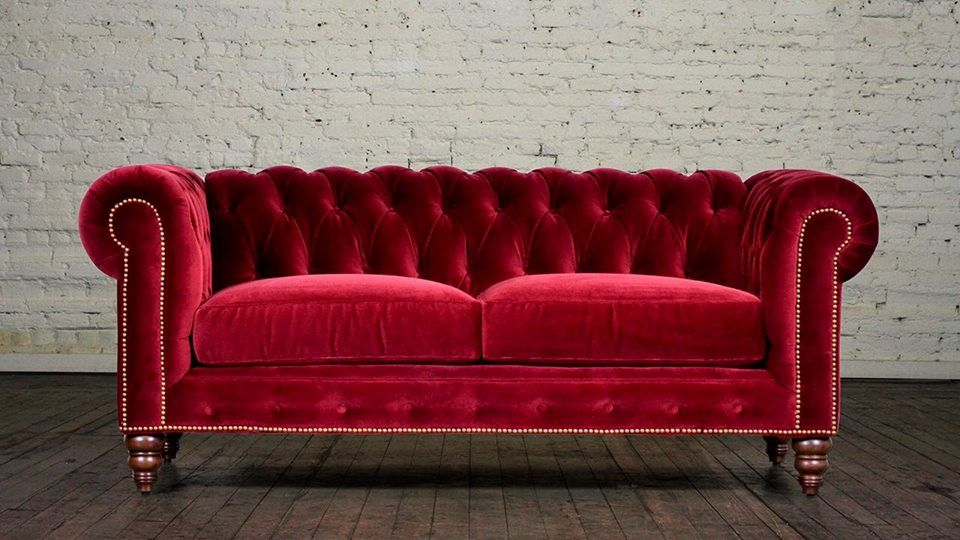 Velvet Chesterfield Sofas Lend Your Home The Beauty And Elegance Of Old Eras Red Velvet Sofa Velvet Chesterfield Sofa Luxury Velvet Sofa