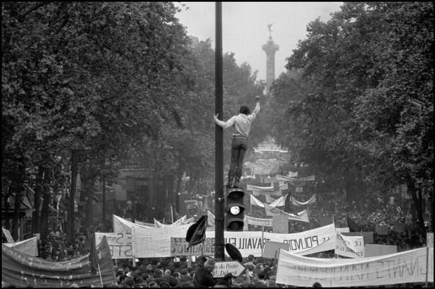 Bruno Barbey   FRANCE. Paris. 11th arrondissement. Worker and student demonstration from Republique to Denfert-Rochereau. May 13th, 1968.